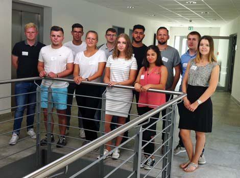 Gruppenfoto aller Azubis der Ludwig Bertram GmbH im August 2018